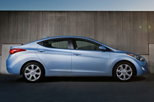 2013_hyundai_elantra_sedan_limited_s_oem_1_500
